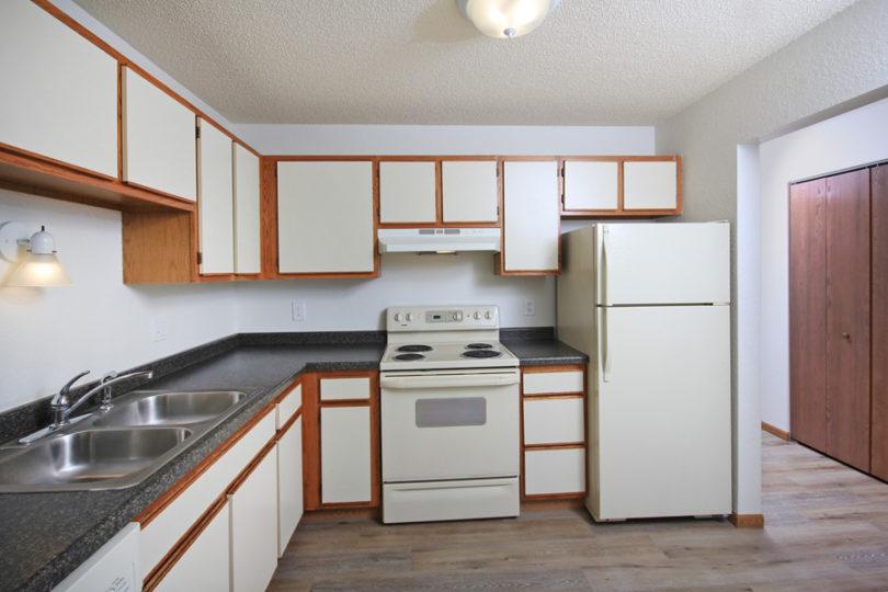 Gatewood Park | Three Bedroom Bemidji Apartments